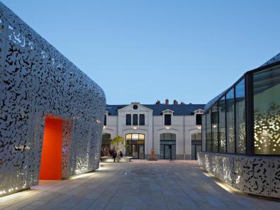 Enet Dolowy Architecture